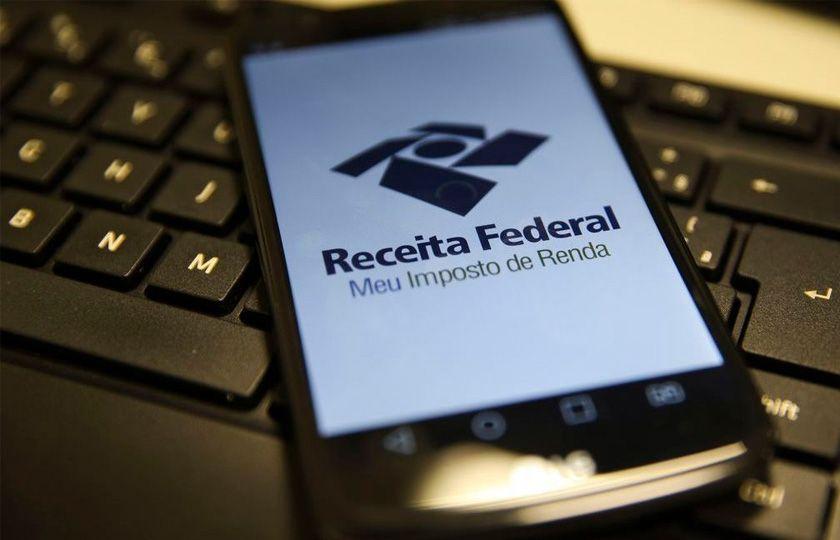 Quem ganha até R$ 2.500 não pagará Imposto de Renda, propõe governo